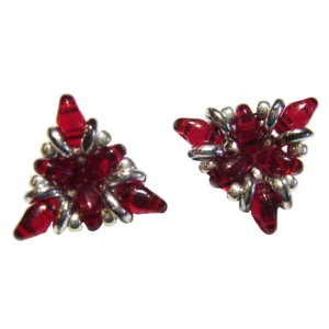 Ohrringe in Dreiecksform in Rot und Silber