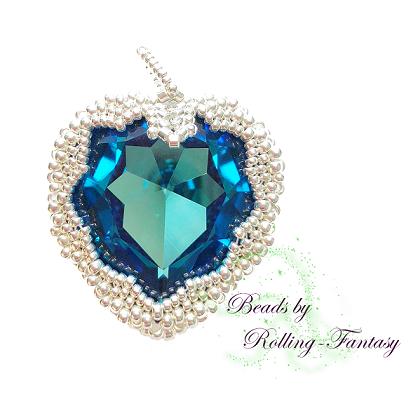 Kettenanhänger -Sparkle Heart in Crystal Bermuda Blue und Silber